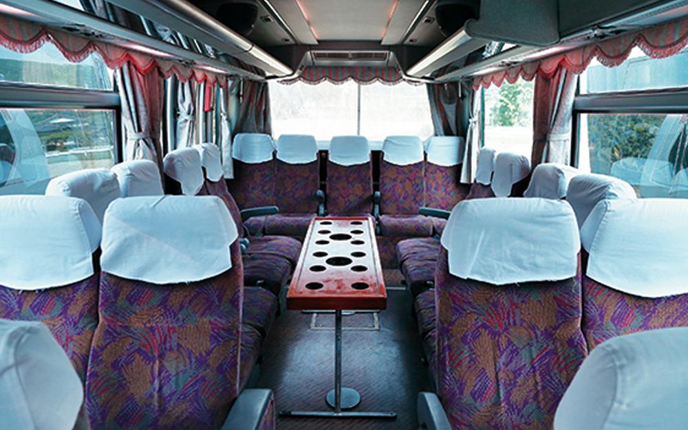 大型バス_サロン
